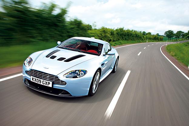 Aston-Martin-Vantage_6