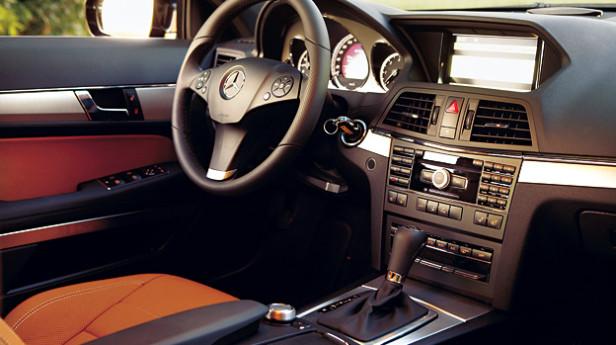 Mercedes-E-350-(AR)_4