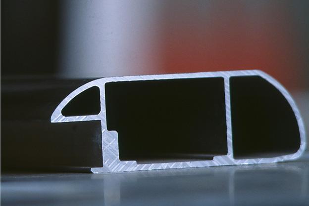Runter mit dem Gewicht: Wie sinnvoll ist Aluminium im Fahrzeugbau?