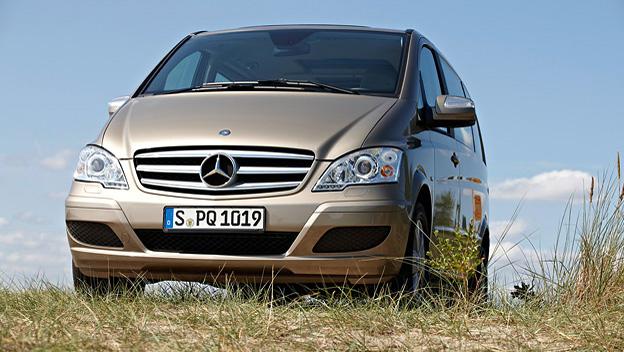 Mercedes Viano stat vorne