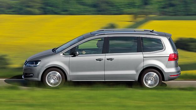VW Sharan Exterieur dynamisch seite