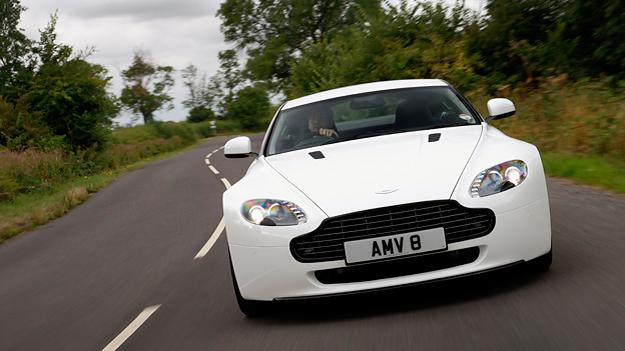 Aston Martin Vantage N420 Exterieur dynamisch front