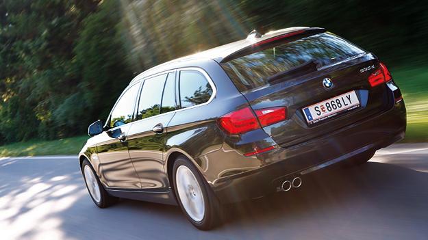 BMW 530d Touring Exteerieur dynamisch Heck