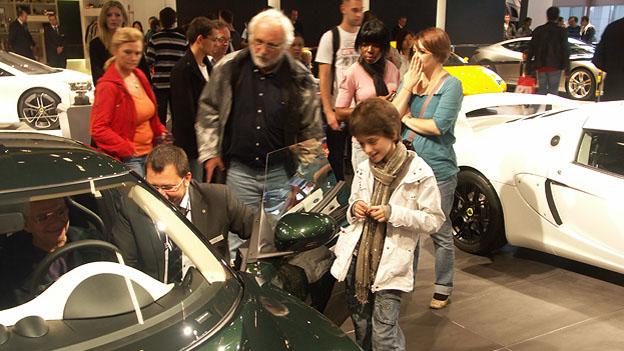 Paris Motorshow 2010 Publikumstage Seidel