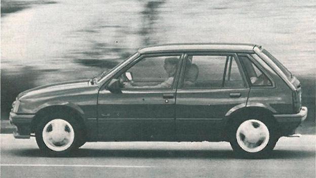 Opel Corsa A dyn links