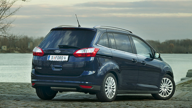 Ford Grand C-Max stat HiRe