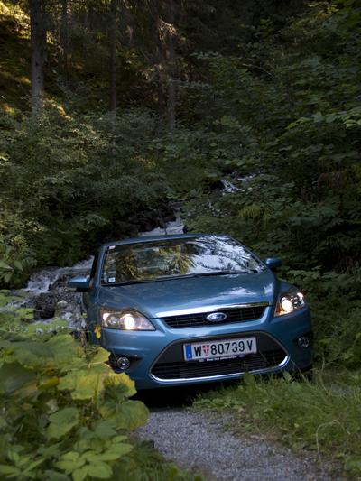 Ford Focus CC stat vorne