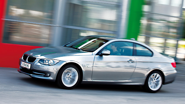 BMW 320d Exterieur Dynamisch Seite