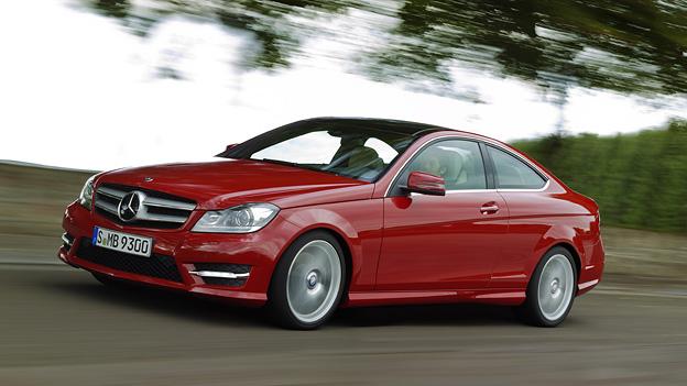 Mercedes Benz C-Klasse Coupé Exterieur Front seite Dynamisch