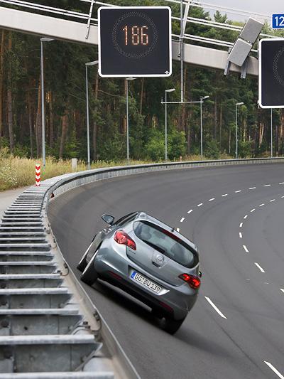 Opel Astra Exterieur Dynamisch Heck
