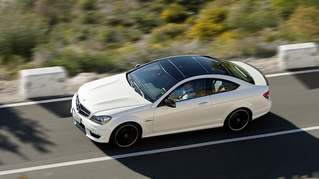 Mercedes-Benz AMG C63 Exterieur Dynamisch Seite oben