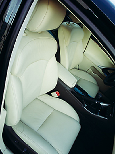 Lexus IS 200d Interieur Sitze