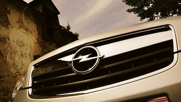 Opel Antara Logo