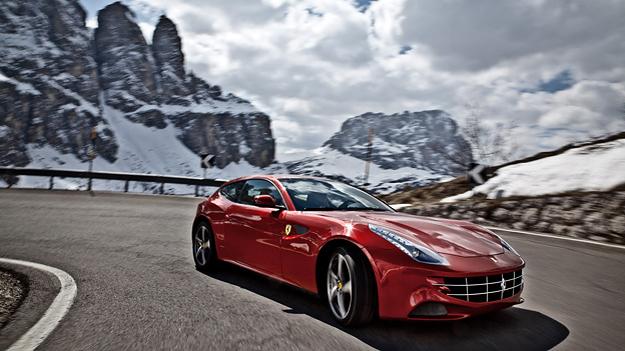 Ferrari FF Exterieur Dynamisch Front Seitea