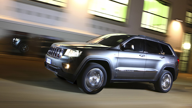 Jeep Grand Cherokee Exterieur Dynamisch Seite Front