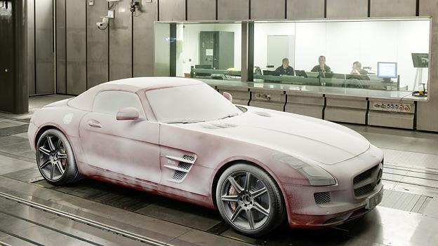 Mercedes AMG SLS Cabrio Exterieur Statisch Kältekammer