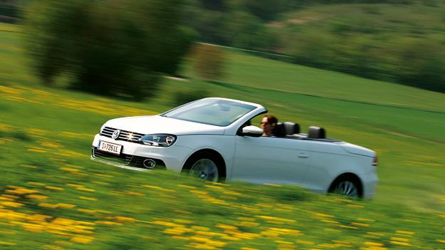 VW Eos 2,0 TDI BlueMotion DSG Exterieur Dynamisch Seite