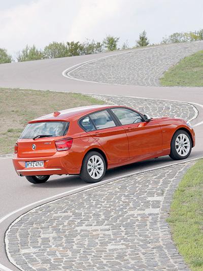 BMW 1er Exterieur Statisch Heck Seite