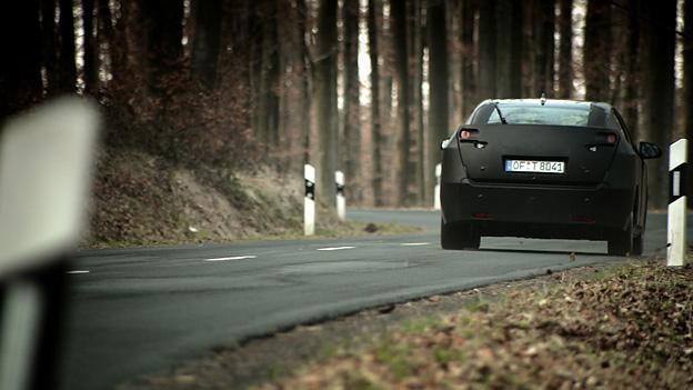 Honda Civic Erlkönig Exterieur HEck Dynamisch