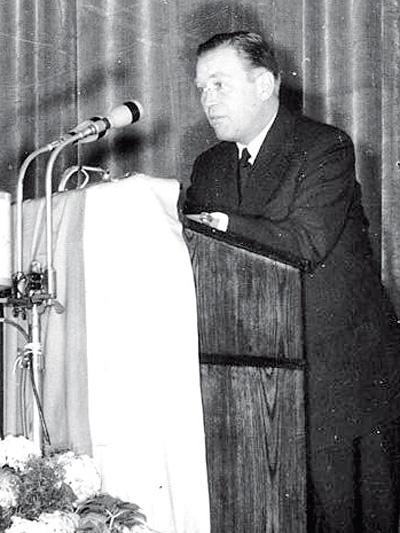 1954 Das Jahr Walter Heilig Otto John Zeitmaschine Zeitreise Borgward Isabella