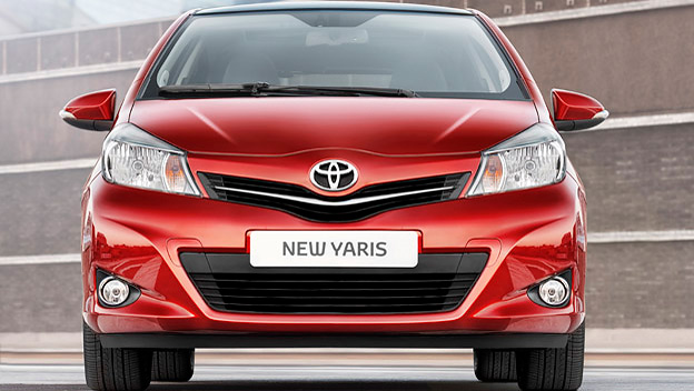 Toyota Yaris stat vorne