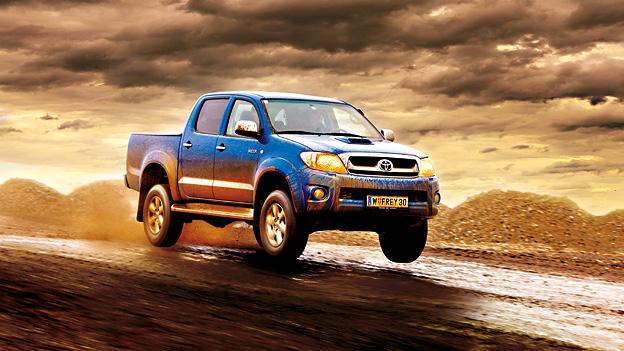 Toyota Hilux dyn voli