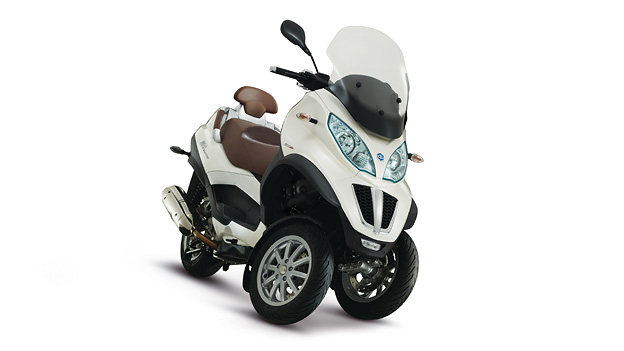 Piaggio MP3 500ie Touring Exterieur Statisch Front