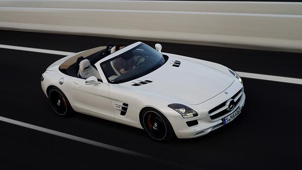 Mercedes-Benz SLS AMG Roadster Exterieur Dynamaisch Front Seite