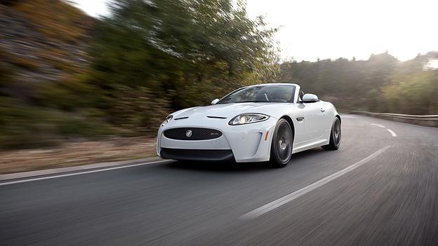 Jaguar XKR-S Cabrio Exterieur Dynamisch Front Seite