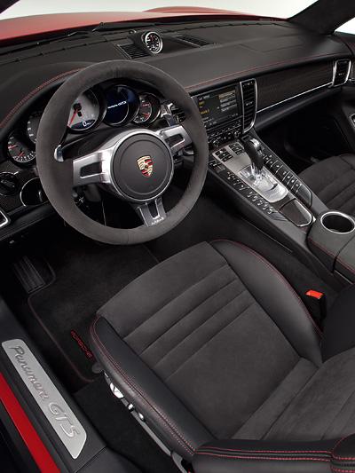 Porsche Panamera GTS Interieur