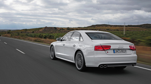 Audi_S8_5
