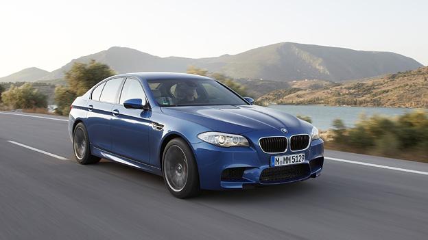 BMW M5 Exterieur Dynamisch Front Seite