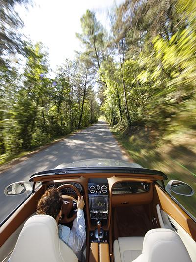 Bentley Continental GTC Exterieur Dynamisch Dach oben Heck
