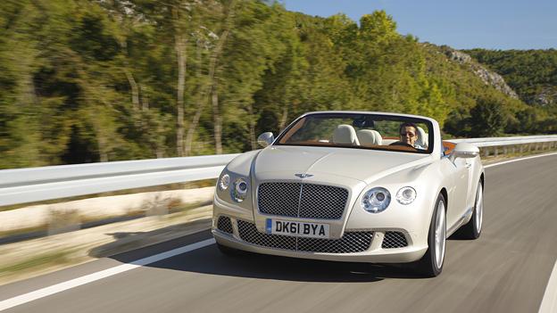 Bentley Continental GTC Exterieur Dynamisch Front