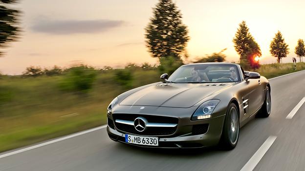 Mercedes BEnz AMG SLS Roadster Exterieur Dynamisch Front