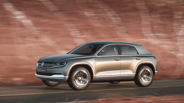 VW Cross Coupe Exterieur Dynamisch Seite