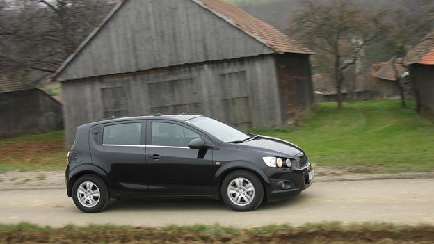 Chevrolet Aveo dyn rechts