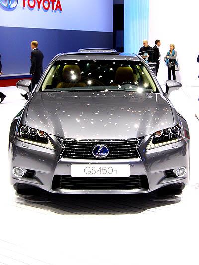 Lexus GS stat vorne
