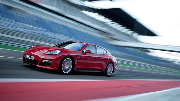 Porsche Panamera GTS Test
