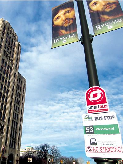 Busfahren in Detroit Woodward Avenue Öffis Öffentliche Verkehrsmittel USA