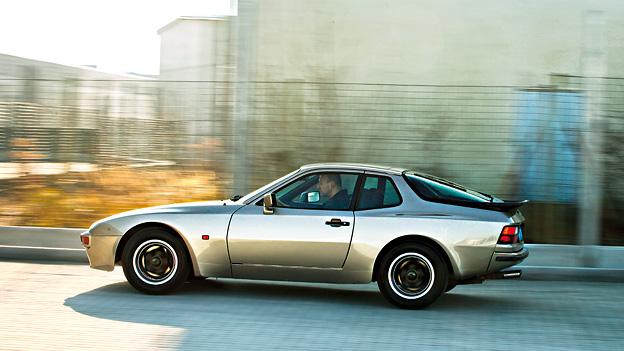 Porsche 944 Oldtimer 1981 Test Seitenansicht