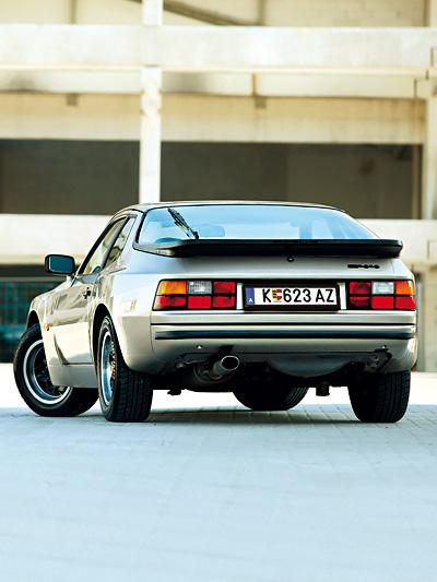 Porsche 944 Oldtimer 1981 Test Heck