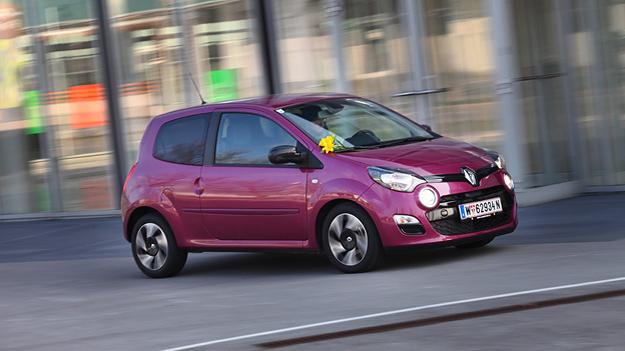 Renault Twingo fahrend