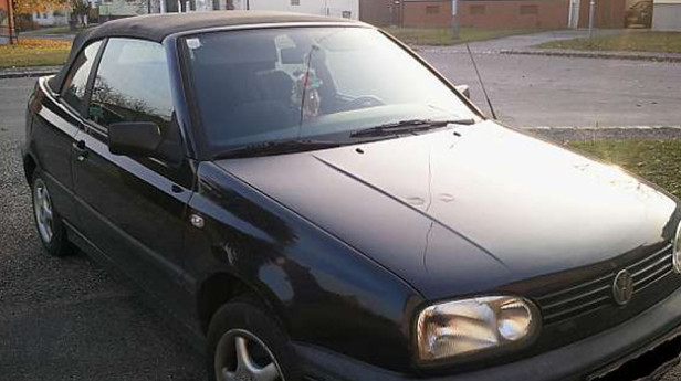 VW-Golf-Rabbit Cabrio-1