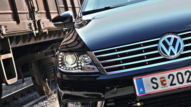 VW-Passat-CC_9-AR