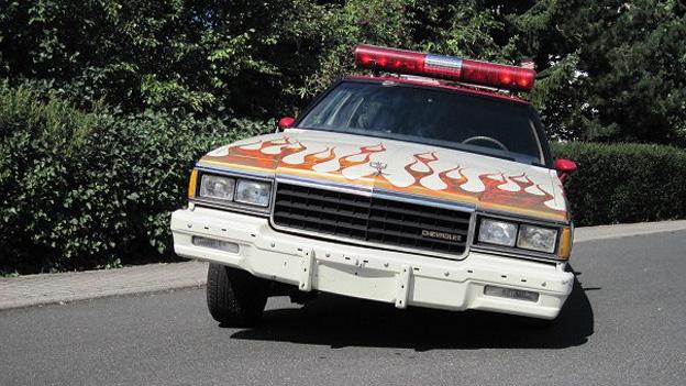 Chevrolet Caprice Lowrider Oldtimer Youngtimer Gebrauchtwagen Firefighter Feuerwehrauto Lackierung