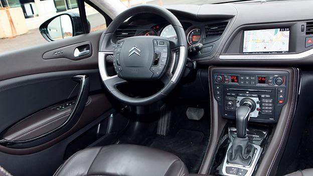 Citroen C5 HDi 200 Aut Exclusive Innenraum
