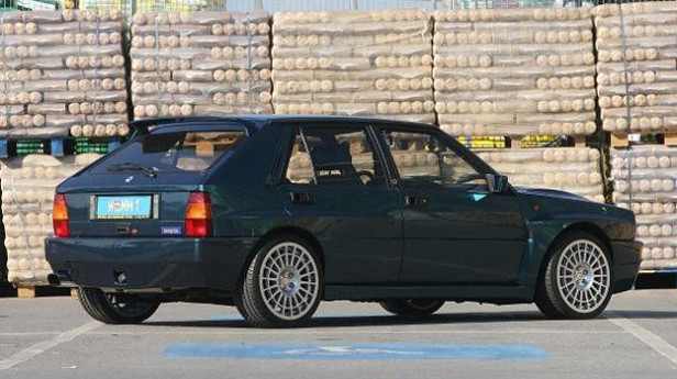 Lancia-Delta-HF-Integrale-2