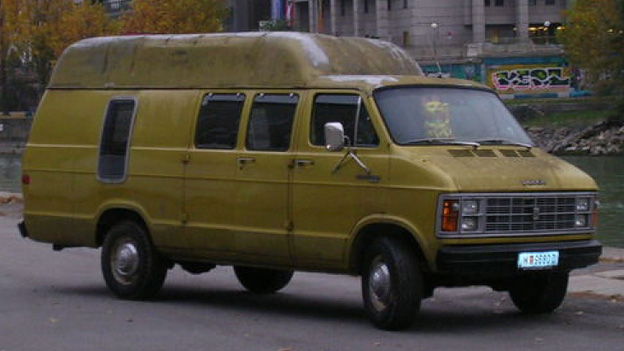 Dodge Van schnell ermittelt Filmauto Oldtimer Youngtimer Gebrauchtwagen