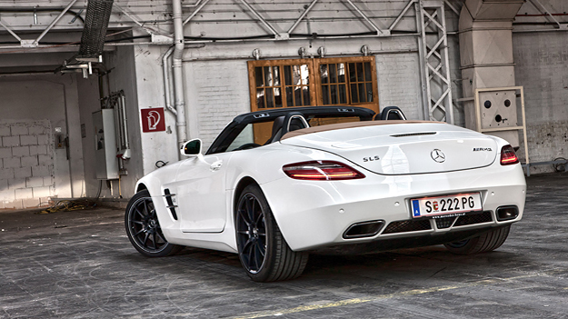 Mercedes-BEnz SLS AMG Roadster 300SL